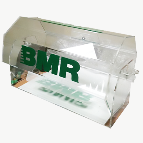 boite plexiglass sur mesure socle sur mesure en plexi with boite plexiglass sur mesure amazing. Black Bedroom Furniture Sets. Home Design Ideas